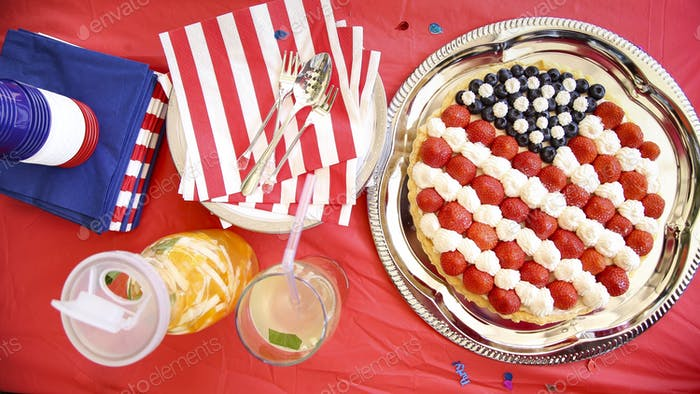 Star-spangled fruit tart 🇺🇸