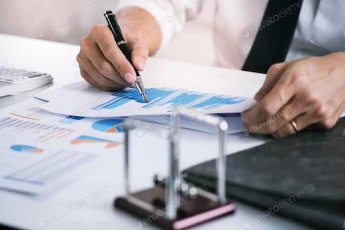 Auditor or internal revenue service staff