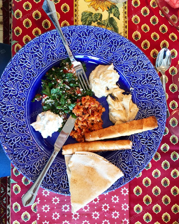 Hausgemachte libanesische Küche.