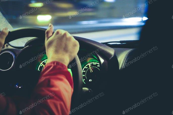 Fahrer im Auto