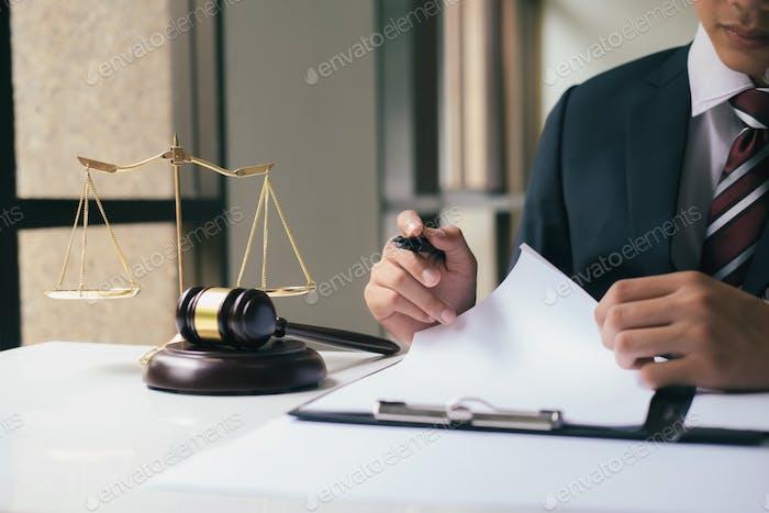 El juez trabajó en serio.