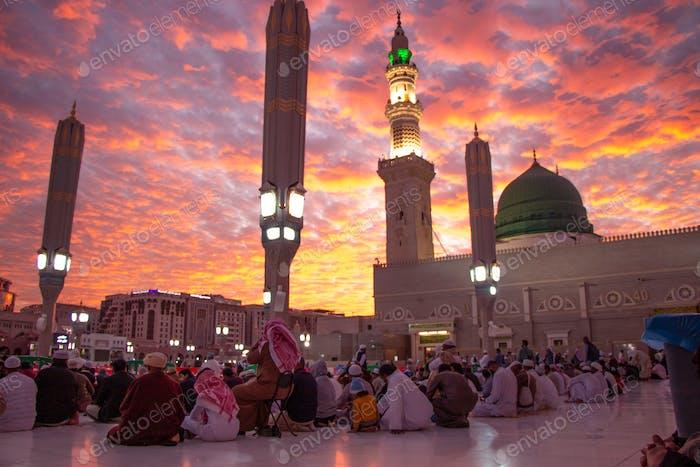 Prophet Mohammed Mosque , Al Masjid an Nabawi - Medina / Saudi Arabia , Sunset Maghreb Salah