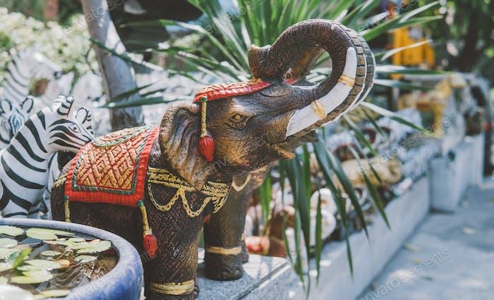 Elephant statue figurine Asia