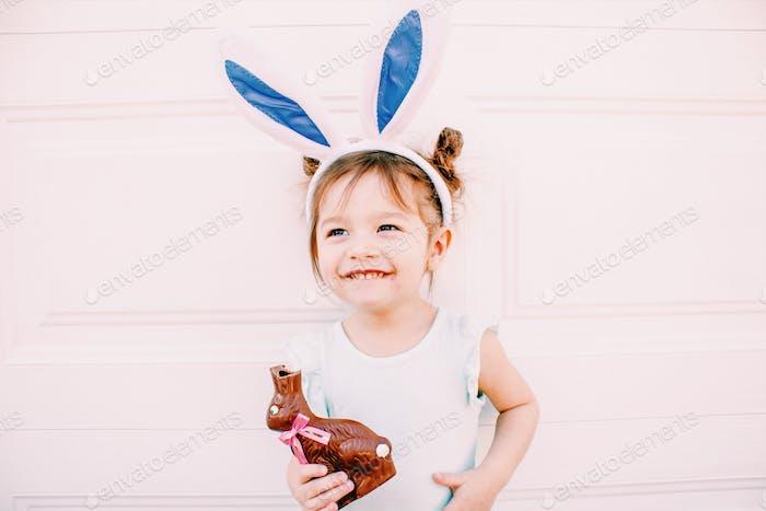 Chocolate bunny consumption