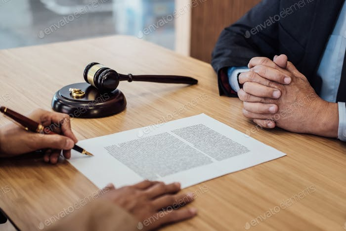 Marriage divorce on Judge gavel deciding