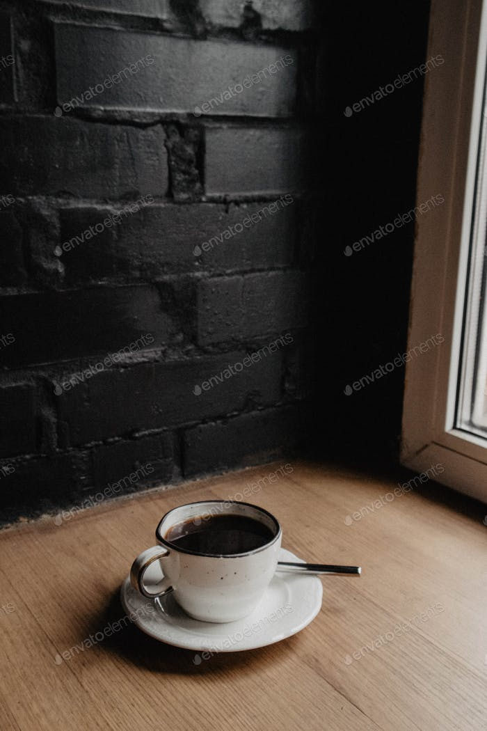 Coffee cup in the daylight