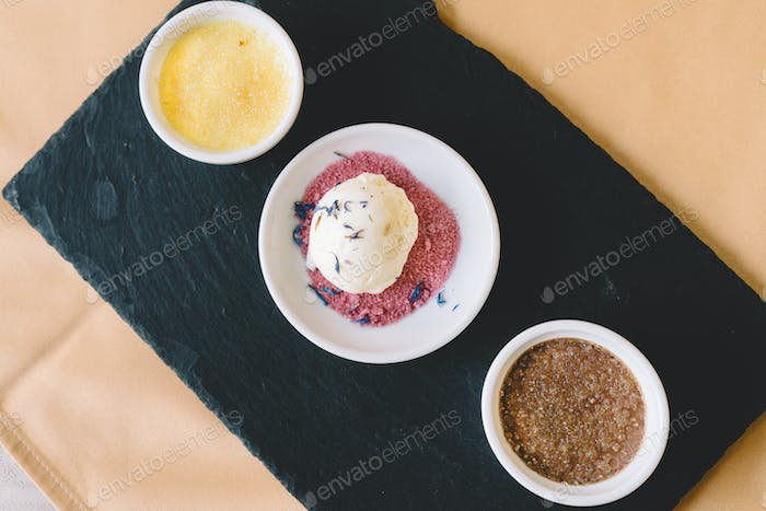 Creme brulee with ice cream