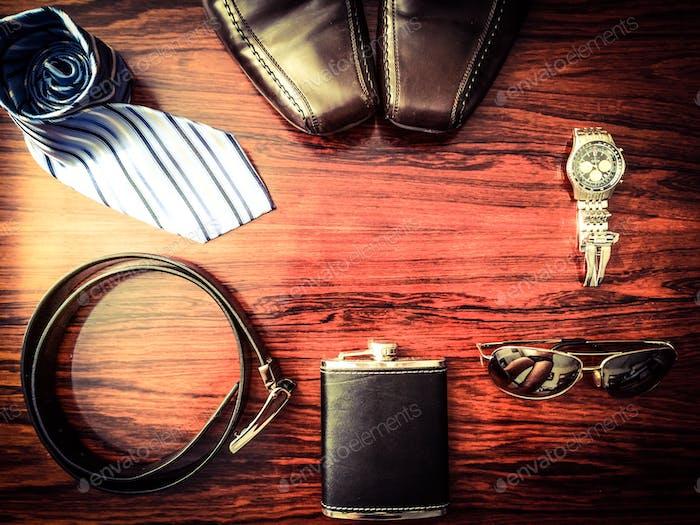 Masculine men's accessories