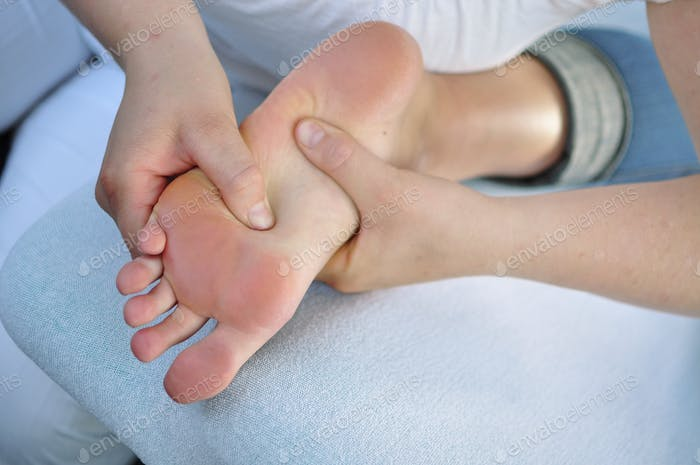 osteopathy treatment of foot