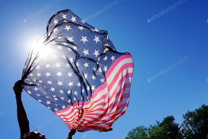 (Nominated) Oh say does that star spangled banner yet wave?