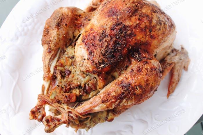 Mi fiesta favorita para los amantes de la comida está a la vuelta de la esquina. Aquí hay un trago del pájaro que cociné el año pasado