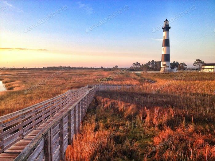 Bodie Island Lighthouse on a fall morning