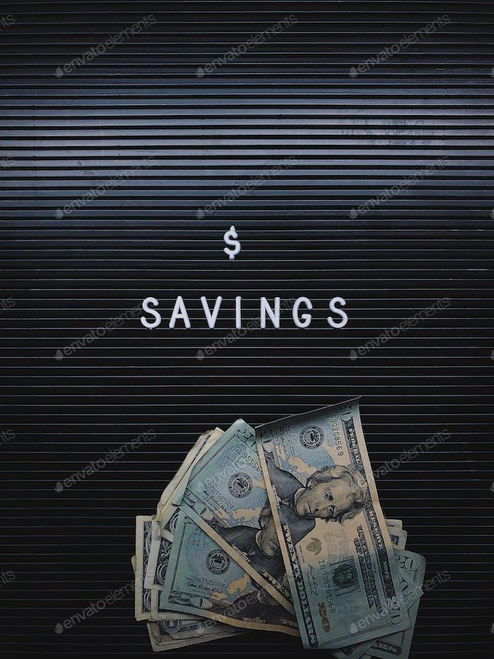 Einsparungen und Dollar