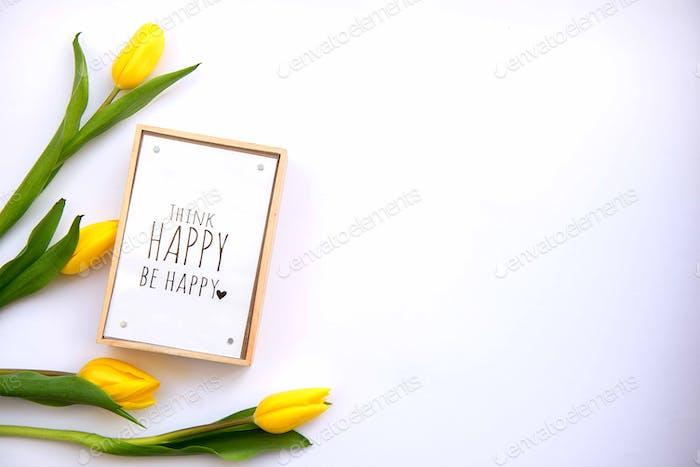 Bouquet von gelben Tulpen isoliert auf weißem Hintergrund mit Clipping-Pfad