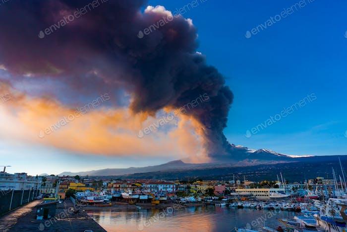 Etna erupt