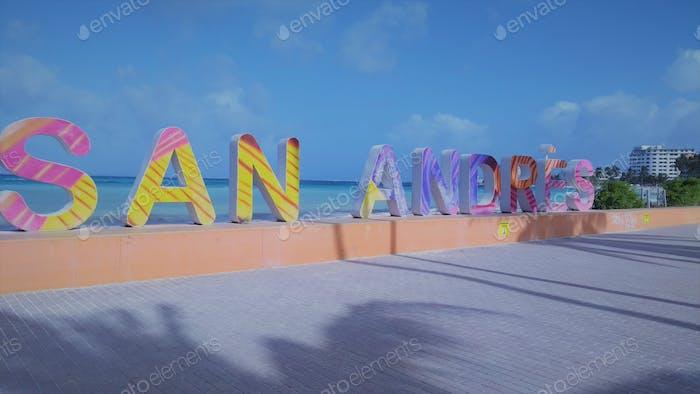 Letras con la palabra San Andrés en las Islas de San Andrés en Colombia