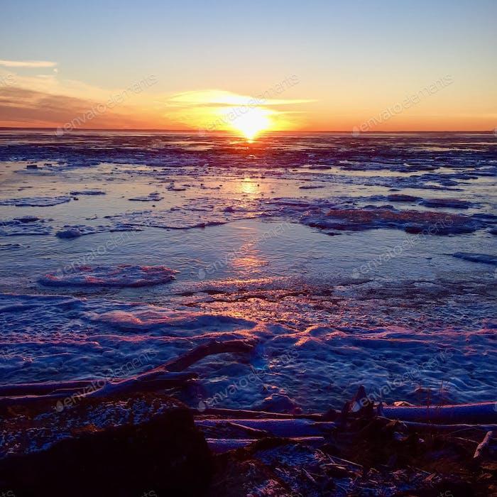 Arktischer Winter Sonnenuntergang