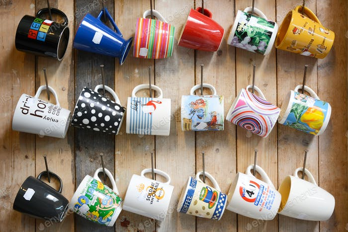 Hanging second-hand mugs for sale