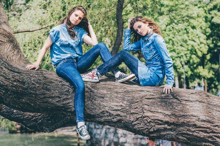 Twin Jeans.