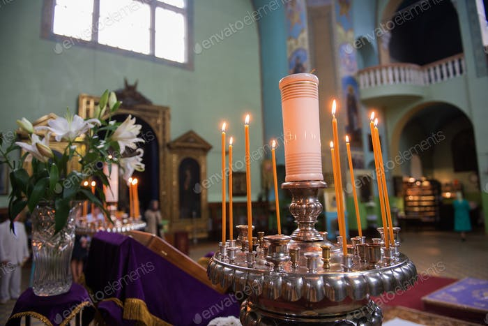 The lighting in the Orthodox Church