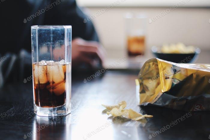 Coca-Cola und Chips