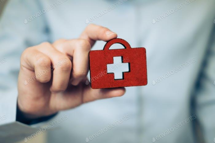 Idea de concepto de póliza de seguro médico de vida y salud.