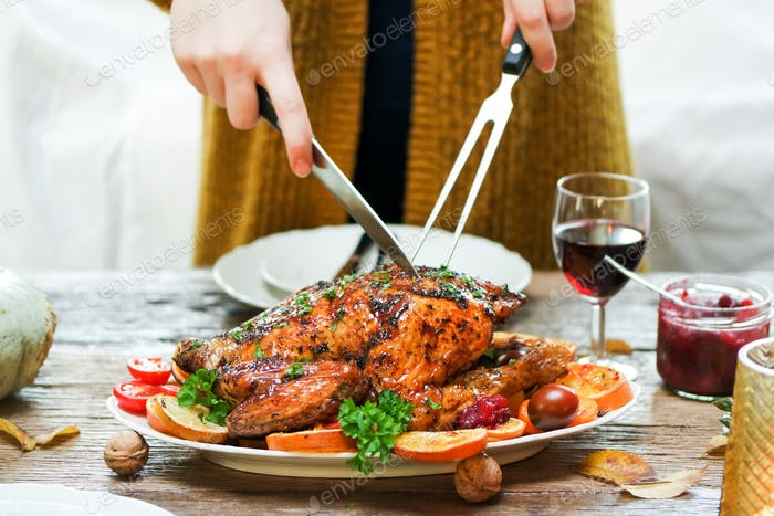 Thanksgiving dinner table, #Thanksgiving #Thanksgiving2019 #Blessed #FamilyThanksgiving #Friendsgi