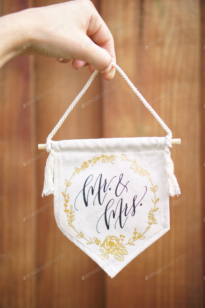 Mr and Mrs Newlyweds banner