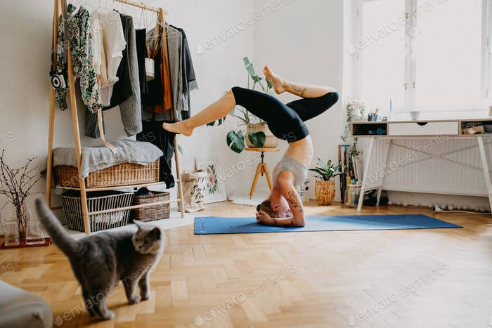 Handstand at home