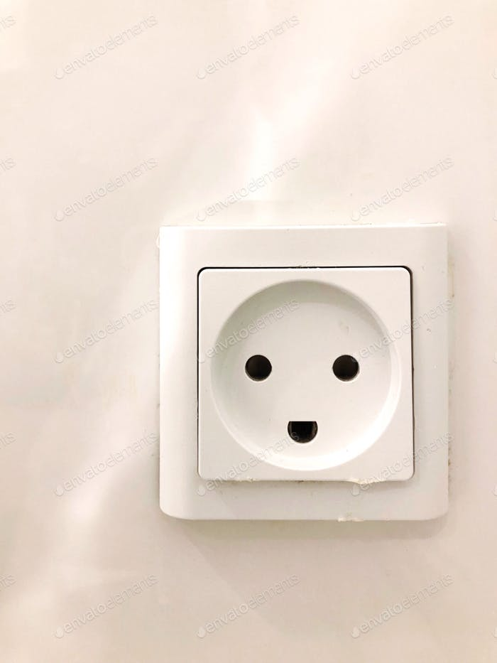 Smiling plug holes