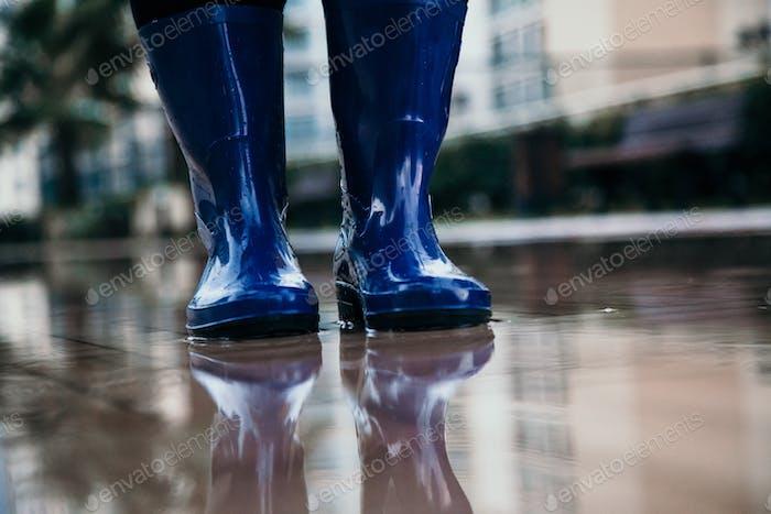 Clima lluvioso cocnept.