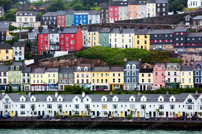 Harbor homes in Ireland