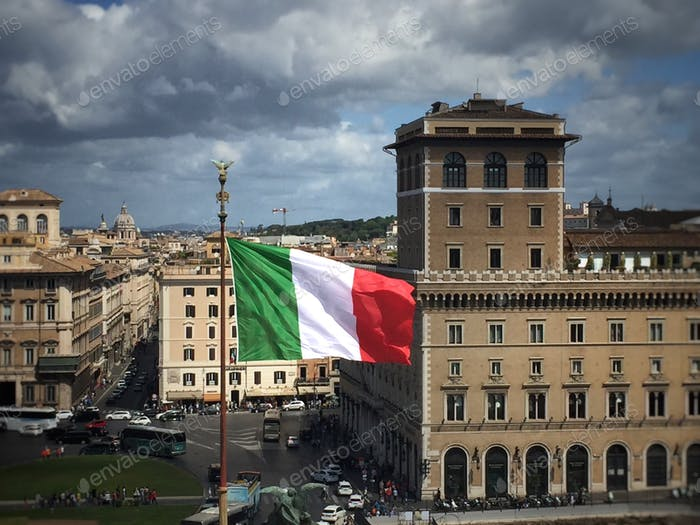 Italian flag in piazza Venezia in Rome