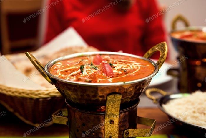Indisches Essen oder indisches Curry.