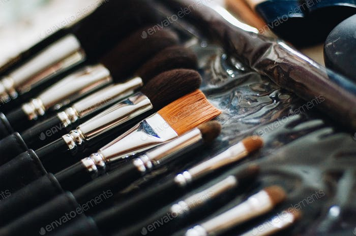 cosmetics make-up artist visage hairstyle