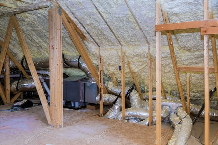 Air conditioner and heating system in installation system in the roof of the house heating system
