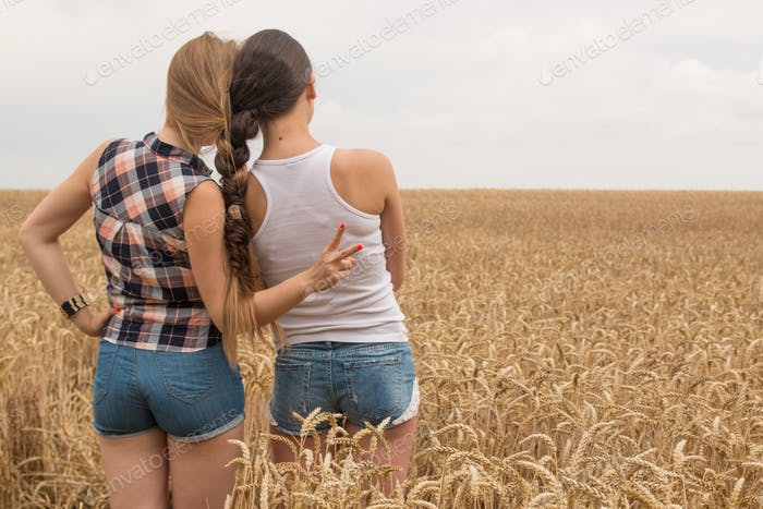 Friends with braided hairs
