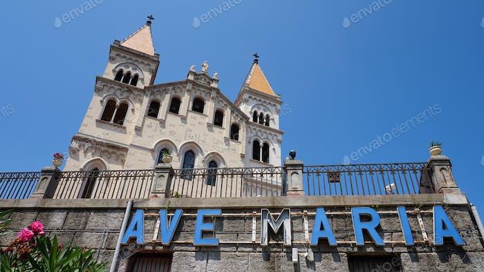 Eine Kirche in Sizilien