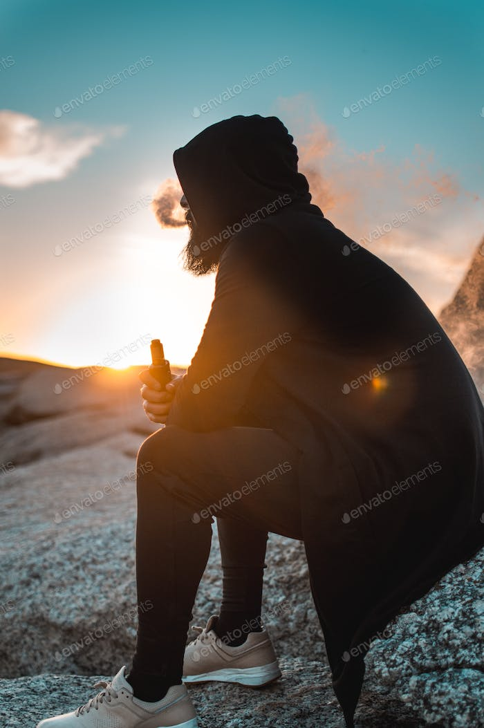 Sunflare man vaping
