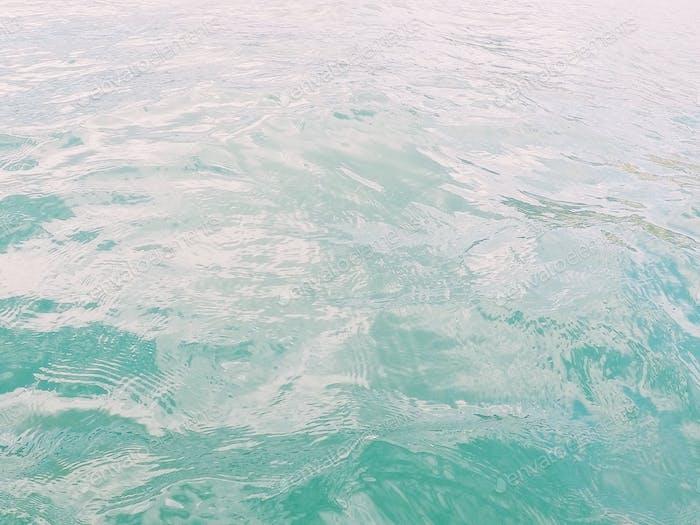 Hübsches türkises Meer