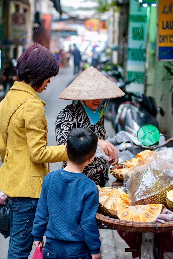 Straßenobst-Handel in Vietnam