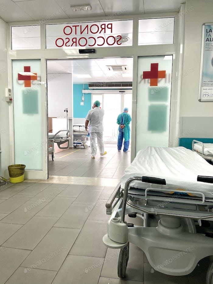 Notfallkrankenhaus während covid19 Zeit