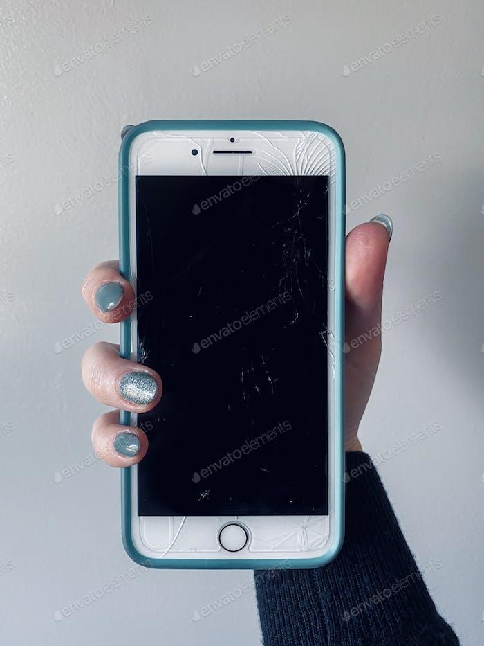 Pantalla del iPhone agrietado/rota