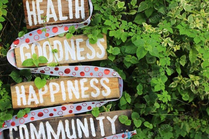 Salud - Bondad - Felicidad - Comunidad