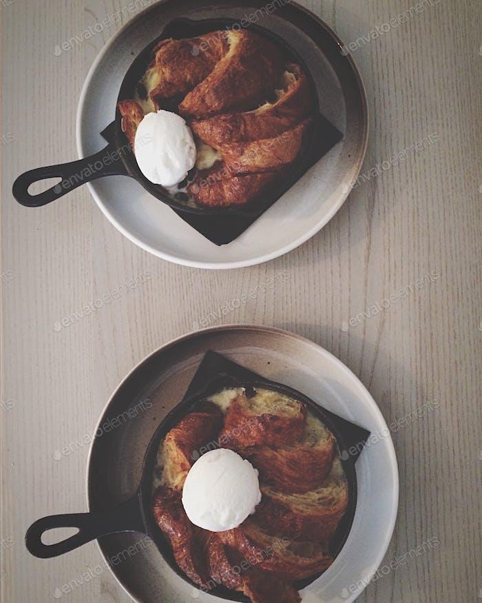 Pie with icecream