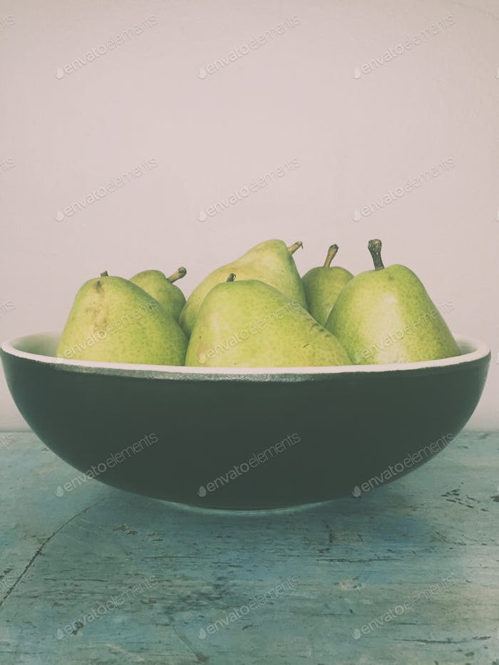 Still life with pears🍐🍐🍐🍐