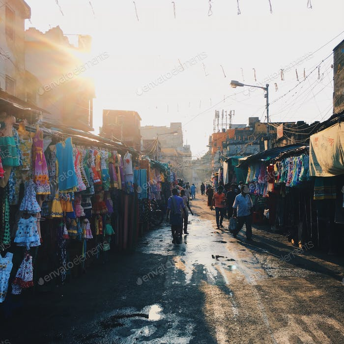 Afternoon light in the streets of India (Kolkata, India)