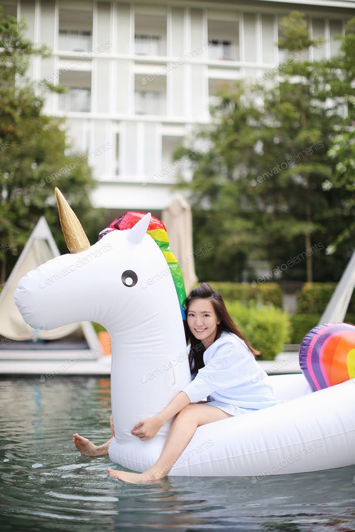 Unicorn float in the pool