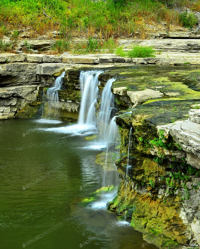 the lower cataract water falls in Western Indiana