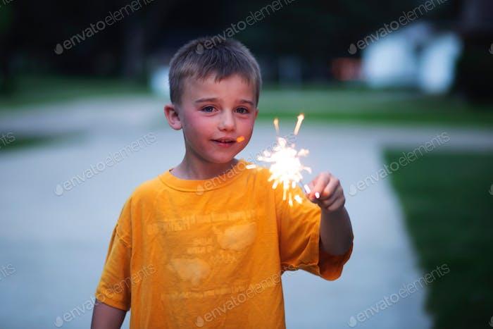 Bit holding sparklers summertime
